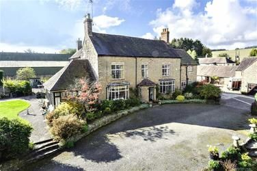 Much Wenlock Shropshire 7 Bed Equestrian Facility 950 000 Equestrian Property For Sale Country Estates For Sale Equestrian Facilities