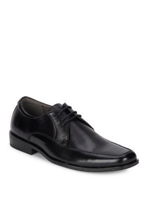 STEVE MADDEN Gilfoyle Apron-Toe Leather Oxfords. #stevemadden #shoes  #oxfords