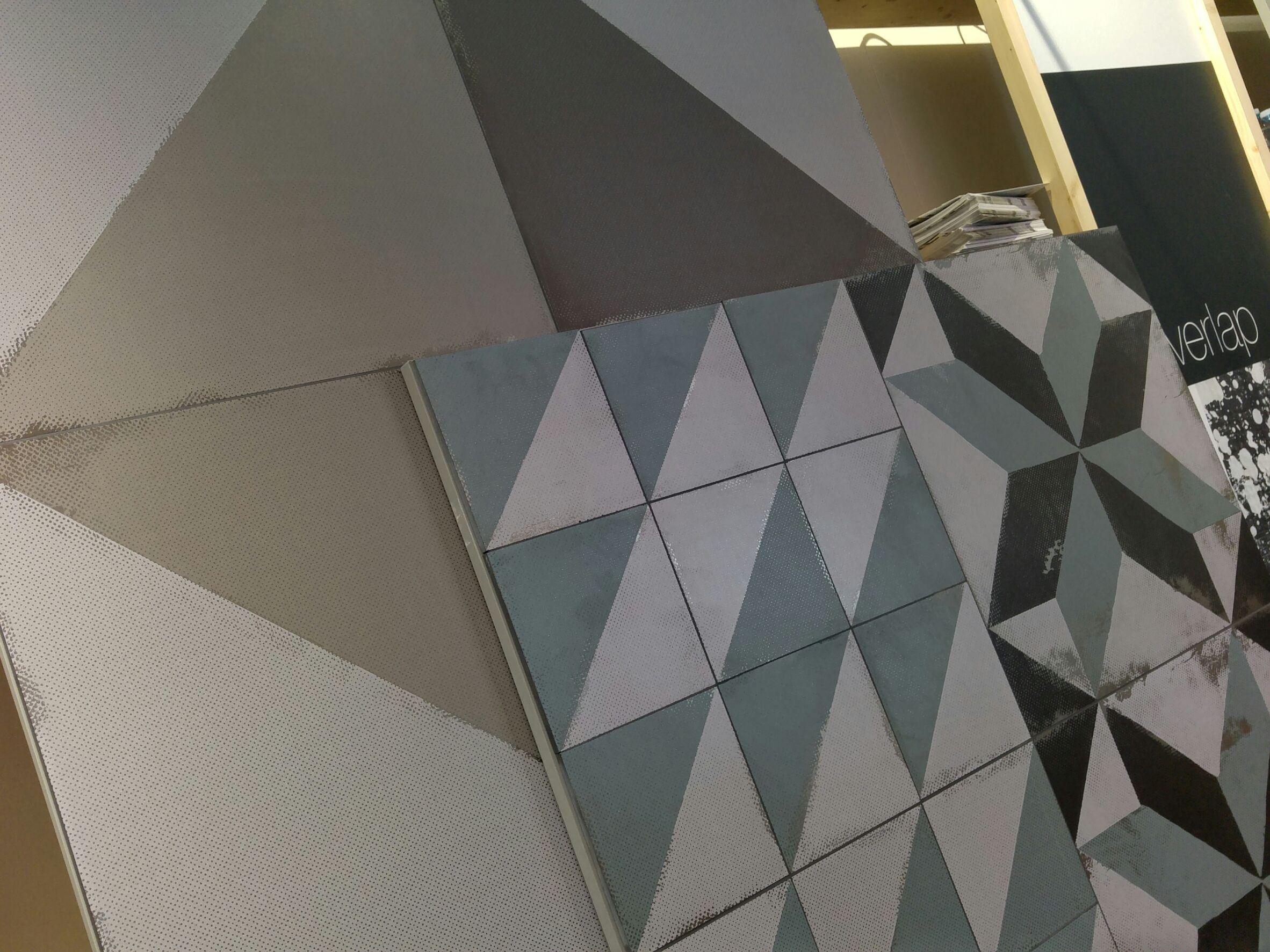 Superfici Matt e ricerca sul design da Unica by Target Studio. #Tortona  #iSaloni #milanoDesignWeek #MCaroundSaloni