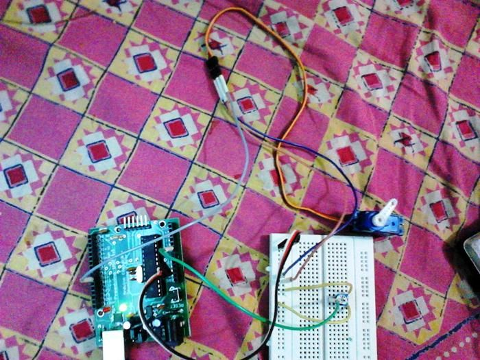 controlling servo motor using arduino and variable resistorcontrolling servo motor using arduino and variable resistor