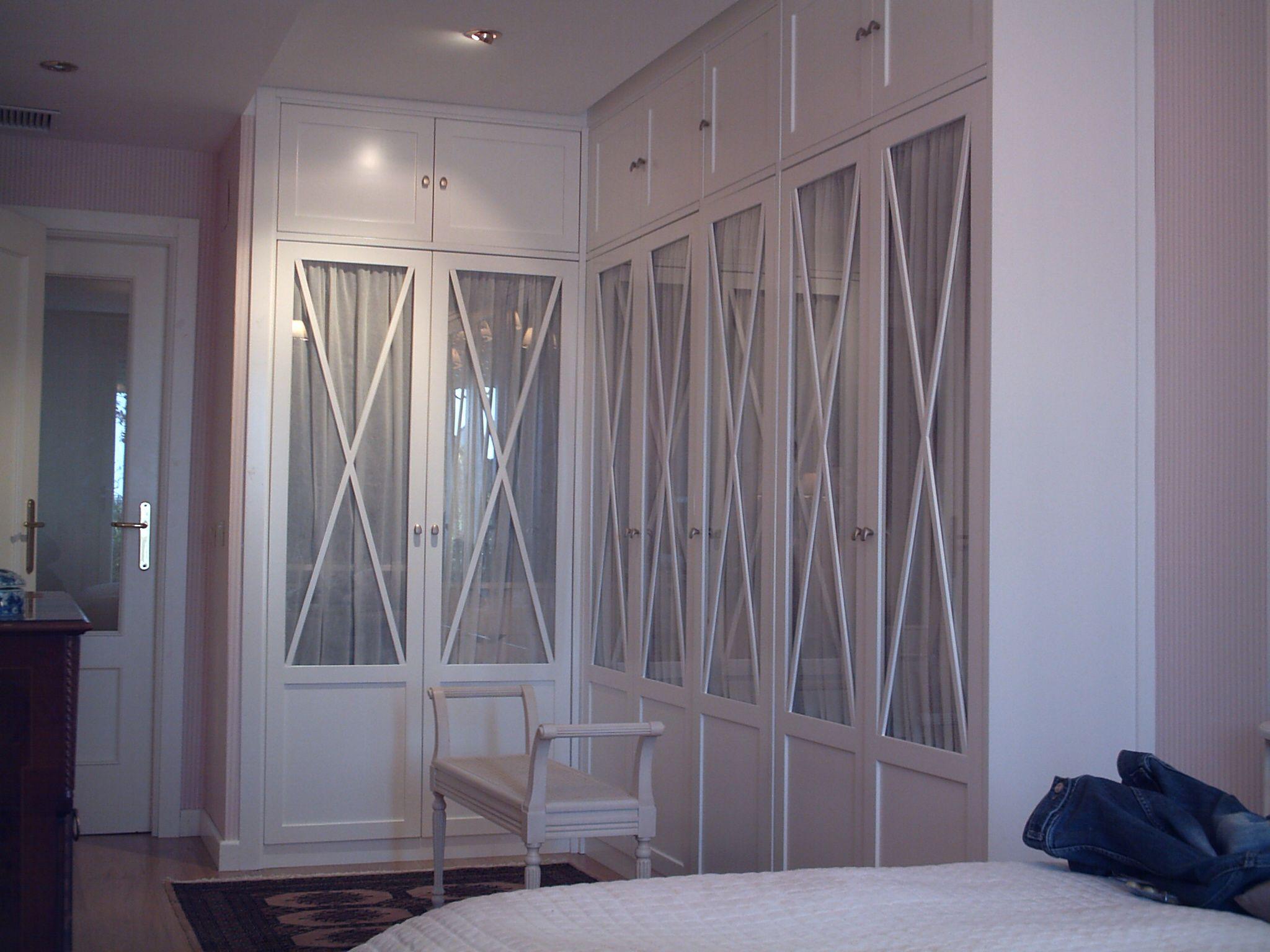 Puertas aspas con cuadro arriba y abajo armario pinterest puertas de cristal armario y - Armario con puertas de cristal ...