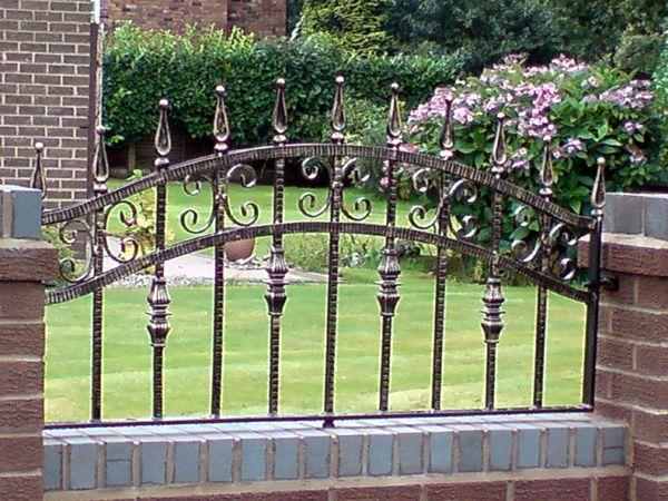 Decorative Wrought Iron Gates Uk Gates And Railings Garden Railings Iron Gates