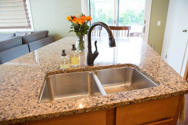 Sink on pinterest faucets oil rubbed bronze and bronze for Oiled bronze faucet with stainless steel sink
