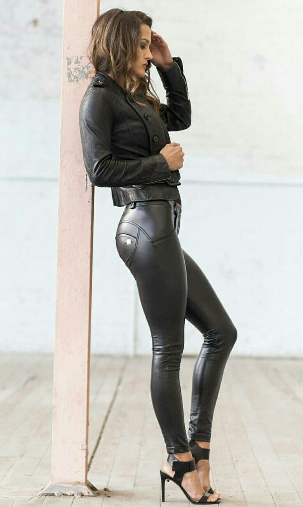 Lederlady ❤ | Leather pants women, Leather fashion, Shiny