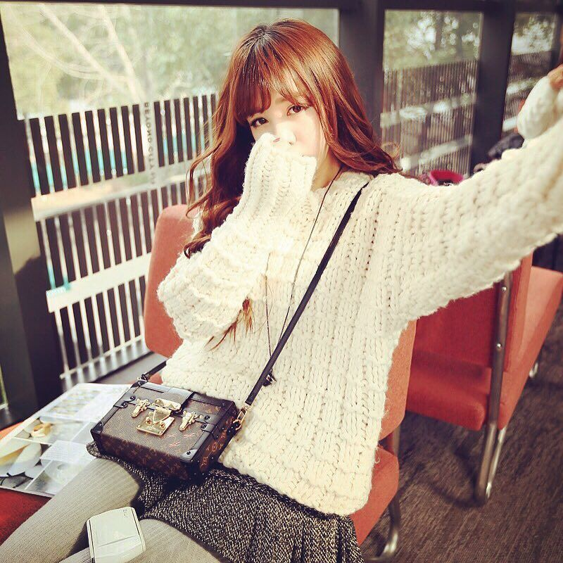 good morning早上好 . #sasa#misssasa#ootd#outfit#ママコーデ#ファッション#モデル#model#ニューリッチ#fashion#おはよう#morning#instafashion by miss.sasa_official