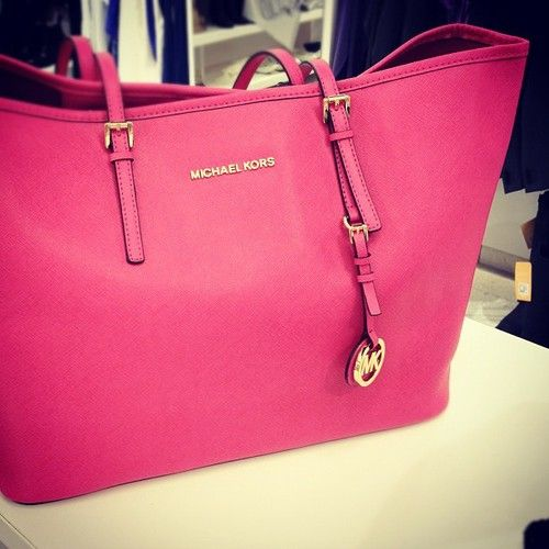 3f95dc28bd Saw someone with this hot pink Michael Kors bag today