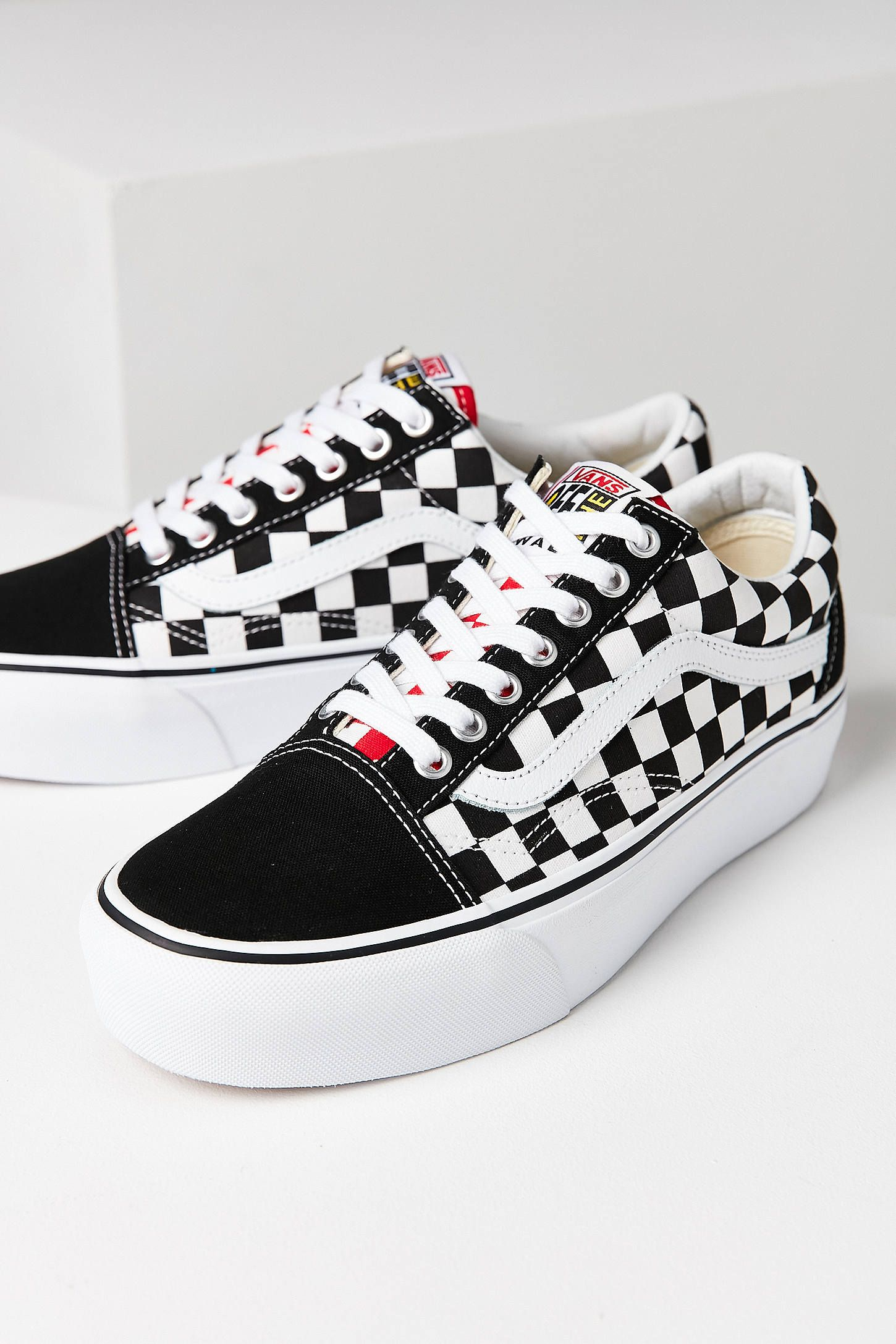 Shop Vans   UO Old Skool Platform Sneaker at Urban Outfitters today. We  carry all the latest styles 903c32a17ae