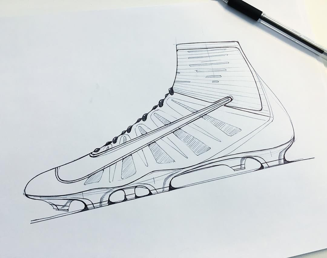 Pin By Yang On Shoedesignhub Shoe Design Sketches Shoes Drawing Soccer Drawing