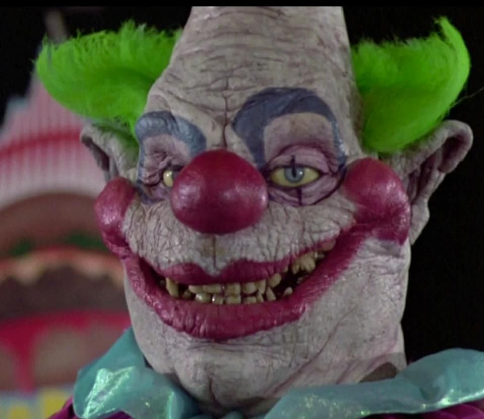 Killer clowns from outer space for Killer klowns 2