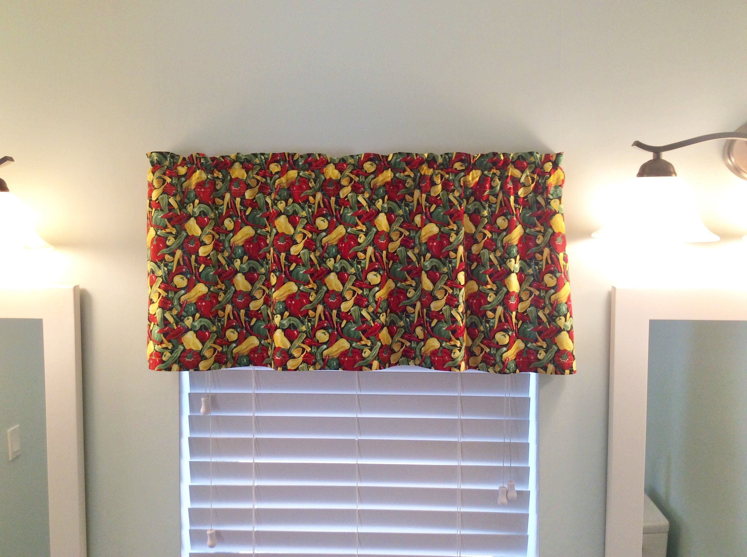Peppers Theme Valance - Vegetable Curtains - Kitchen Valance ...
