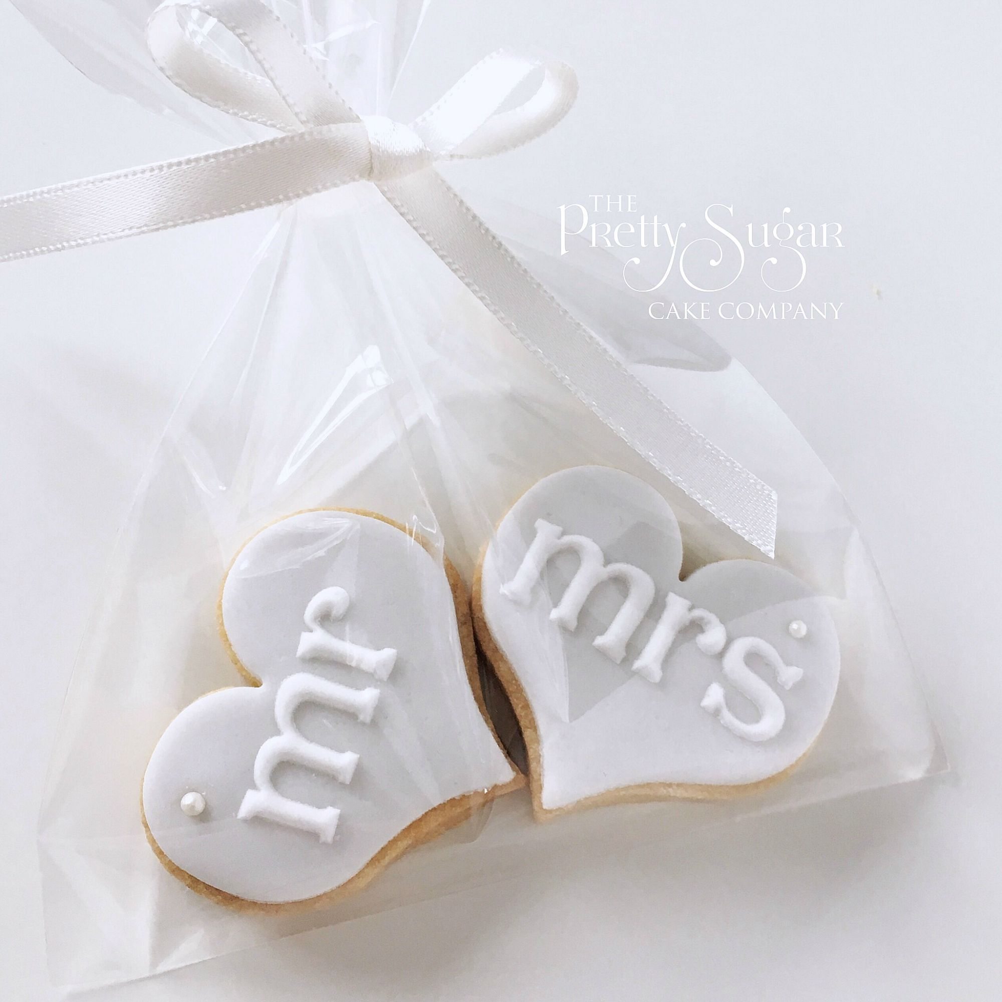 Mr and Mrs wedding favour cookies in grey with pearl detail ...