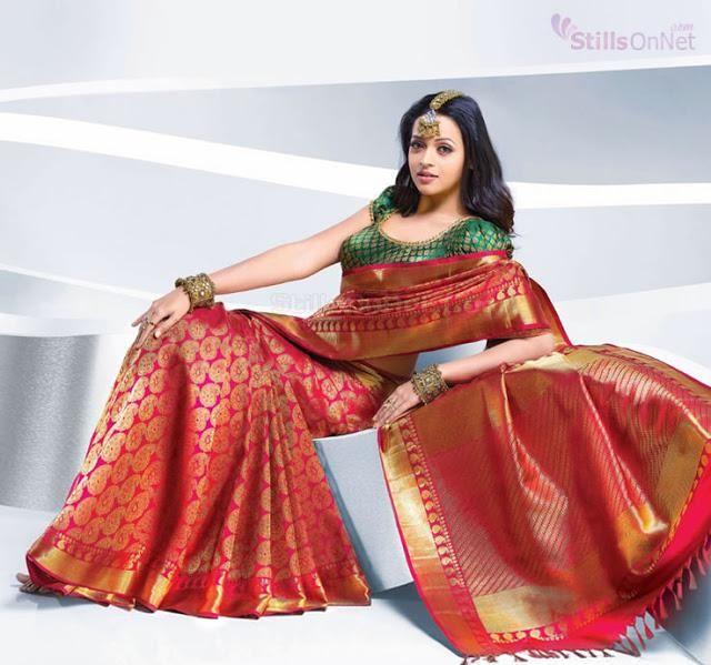 Actress bhavana saree photo shoot for pulimoottil silks kerala actress bhavana saree photo shoot for pulimoottil silks kerala bhavana wearing gorgeous silk sarees thecheapjerseys Gallery