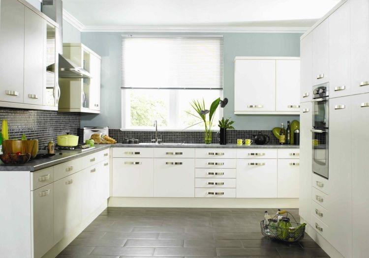 Kuche Streichen Farbe With Die Klassische Wei K BCche Kann - fliesen in der küche