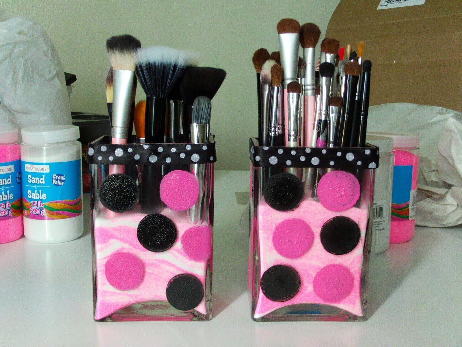 Pink Sand And Square Vases Simple Coloredsand Makeup Glam Beauty Diy Makeup Brush Holder Diy Makeup Brush Diy Makeup Bag
