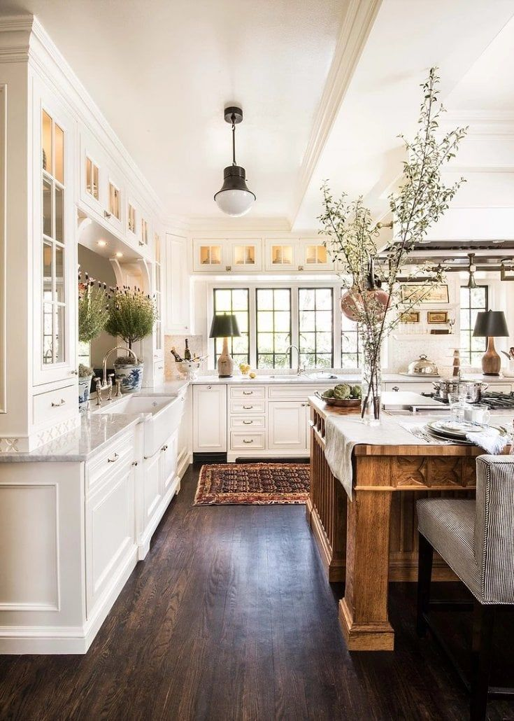 25 Beautiful White Kitchens Ideas For Better Mood Every Day Farmhouse Kitchen Design Rustic Farmhouse Kitchen French Kitchen Decor