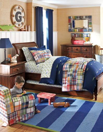 Why This Room Works A Patchwork Madras Quilt Paired With Alligator Printed Sheets Creates