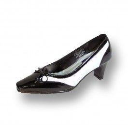 Leather pumps, Medium heel shoes