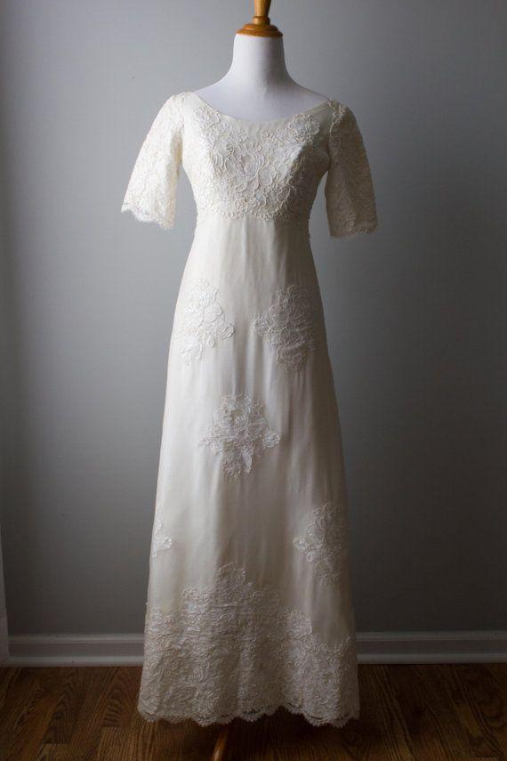 Maurer Original Mod 1960 S Wedding Gown By Vivianelisevintage Wedding Gown A Line Wedding Gowns Vintage Antique Wedding Gown