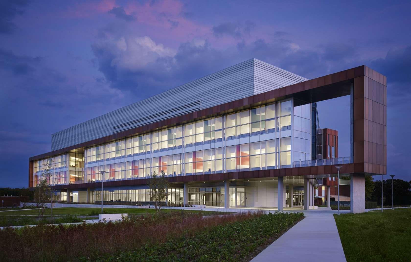 Argonne National Laboratory Energy Sciences Building