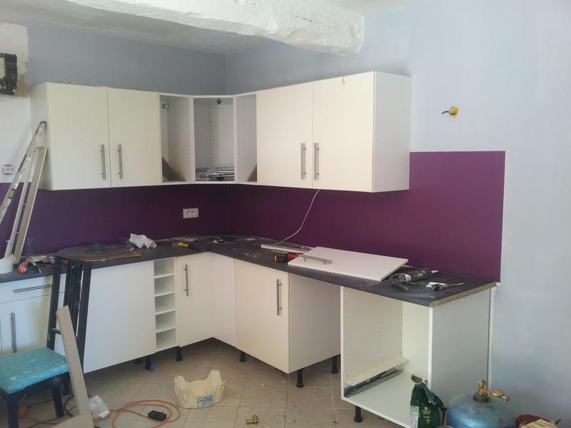 Avec Credence Violette Deco Idees Pour La Maison Deco Fr