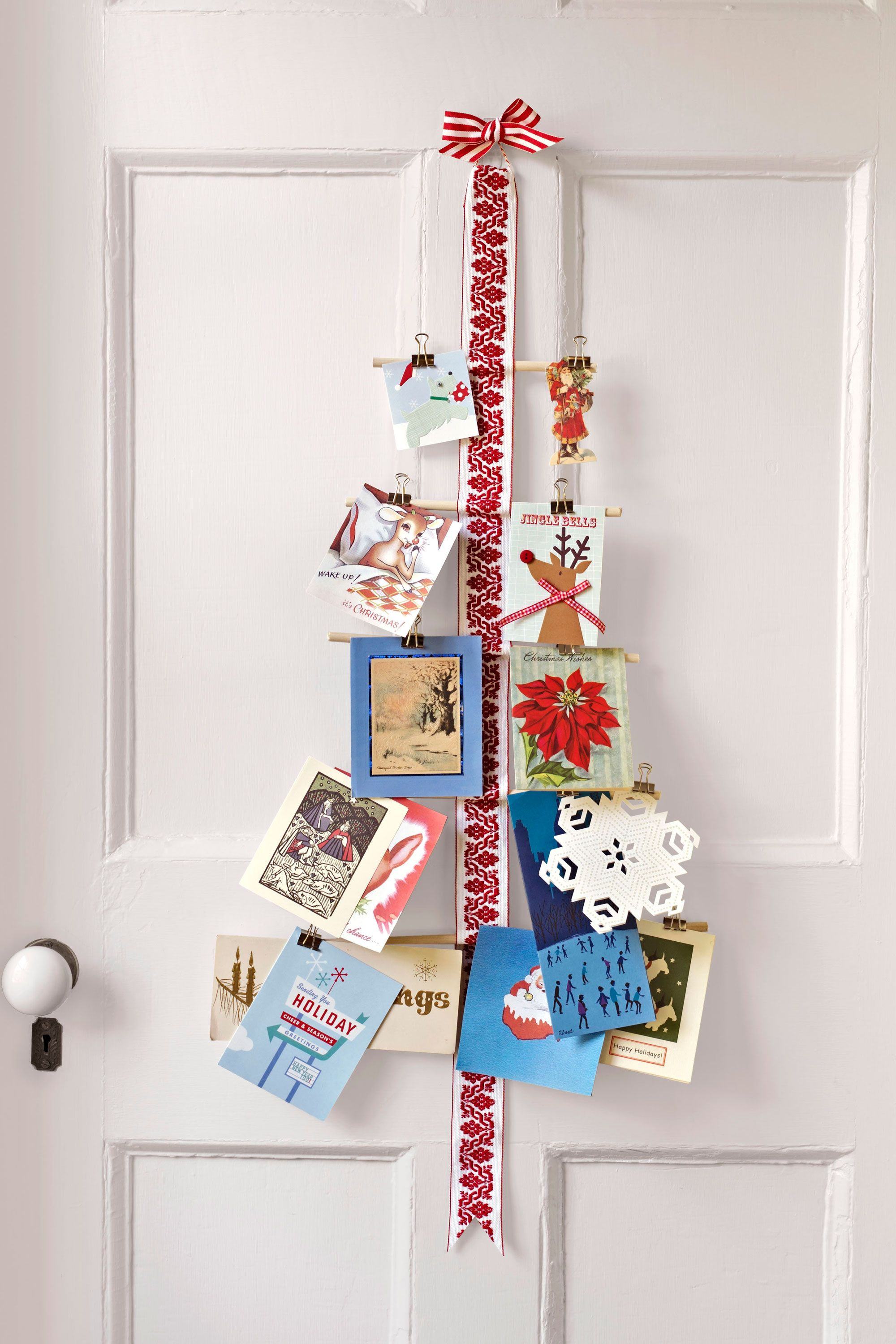 35 DIY Christmas Decorations That Are Merry and Bright | Holidays ...