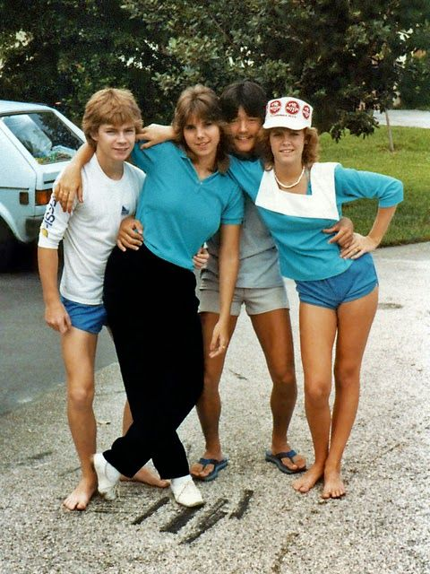 Vintage Everyday Pictures Of Teenagers Of The 1980S -4103