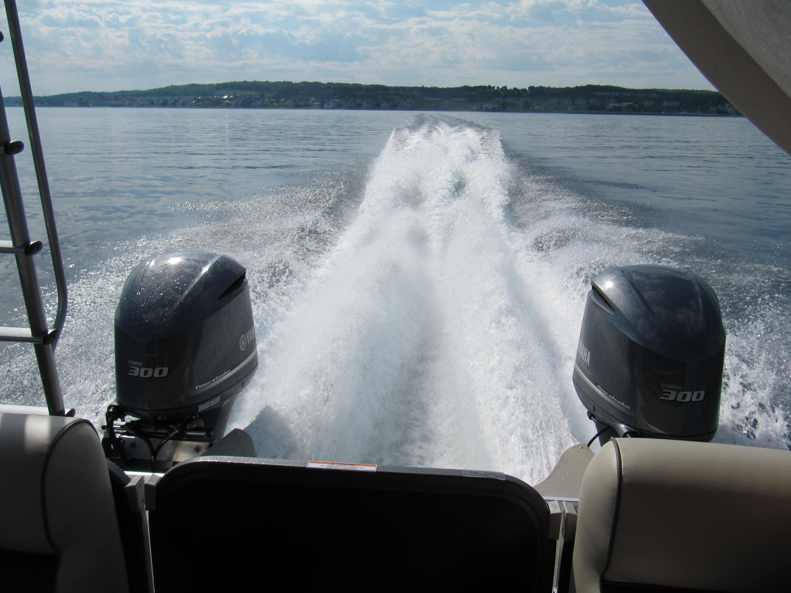 Check out these new pontoon and fish boats with Yamaha