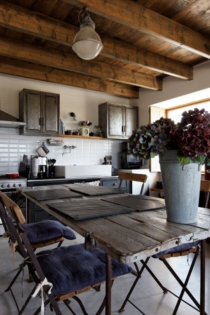 table de cuisine : j'adore !