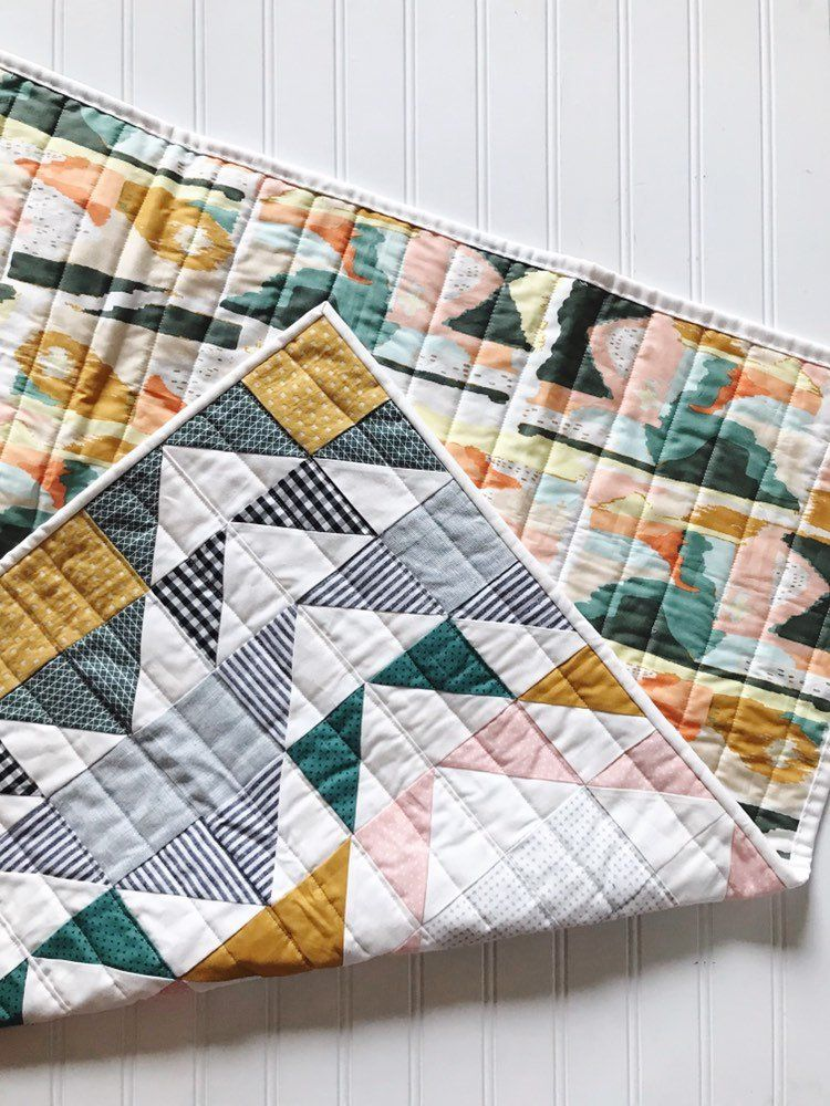 Modern Aztec Or Southwestern Quilt Baby Or Toddler Quilt Quilted Wall Hanging Modern Quilting Designs Diy Quilt Modern Quilt Patterns