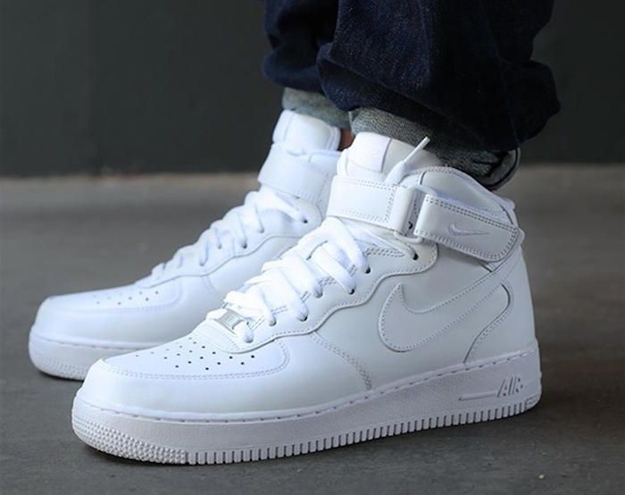 watch 44d5d badaf Basket montante homme – Un oeil dans le rétro Air Force 1, Nike Air Force