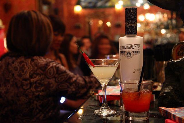 Lx183 Cocktail Night Bottle Cocktails