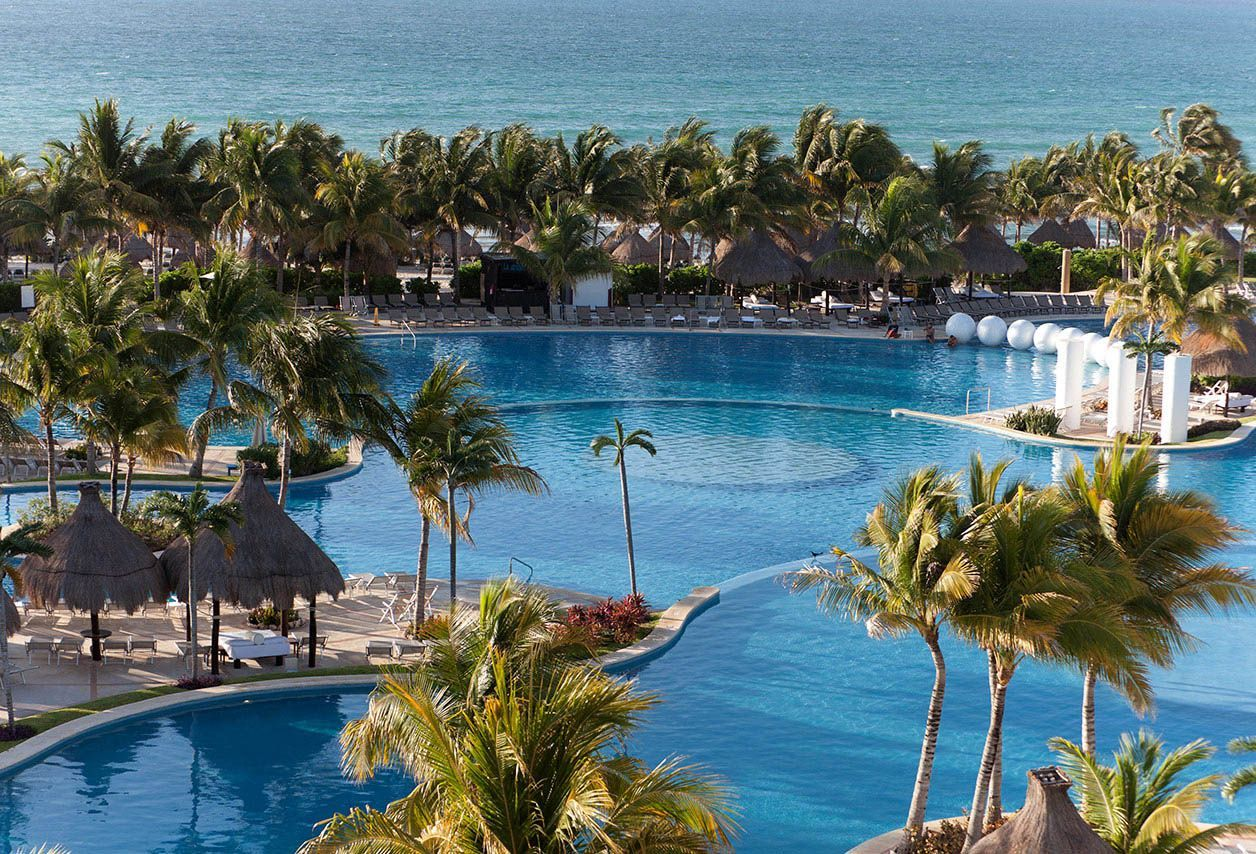 Rivera Pool spend the day in the beautiful pool at the mayan palace resort at