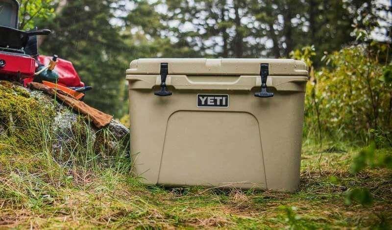 10 Best Camping Coolers Yeti Vs Rtic Vs Orca Vs Ozark Trail In 2020 Camping Coolers Camping Mattress Cooler Box