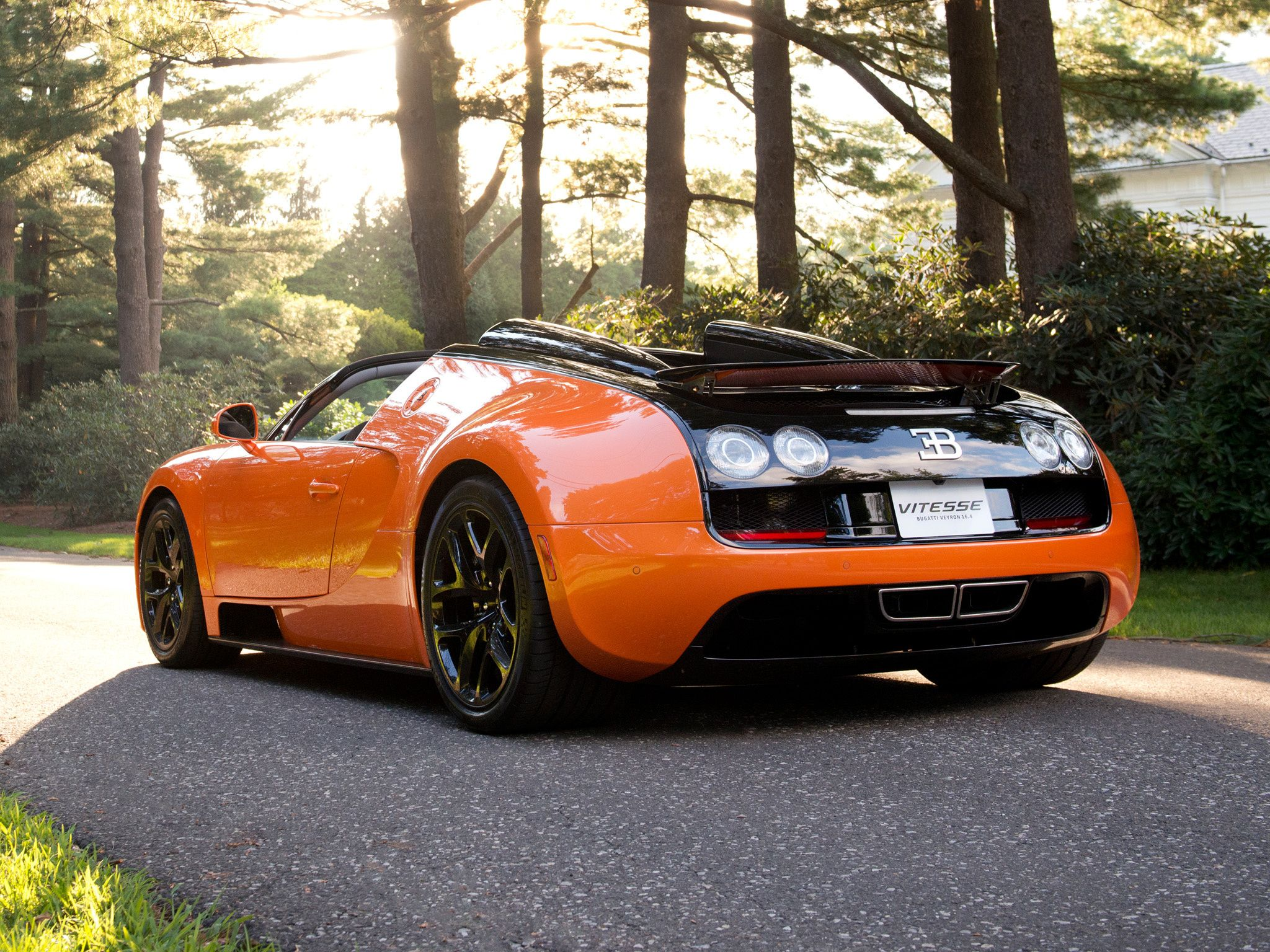 Top Viral Car Videos Of The Week - Bugatti Veyron Vitesse vs Pagani Huayra