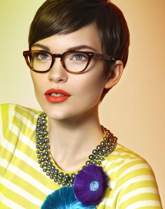 Inspirationen Für Brillenträger 13 Trendige Kurzhaarfrisuren Und