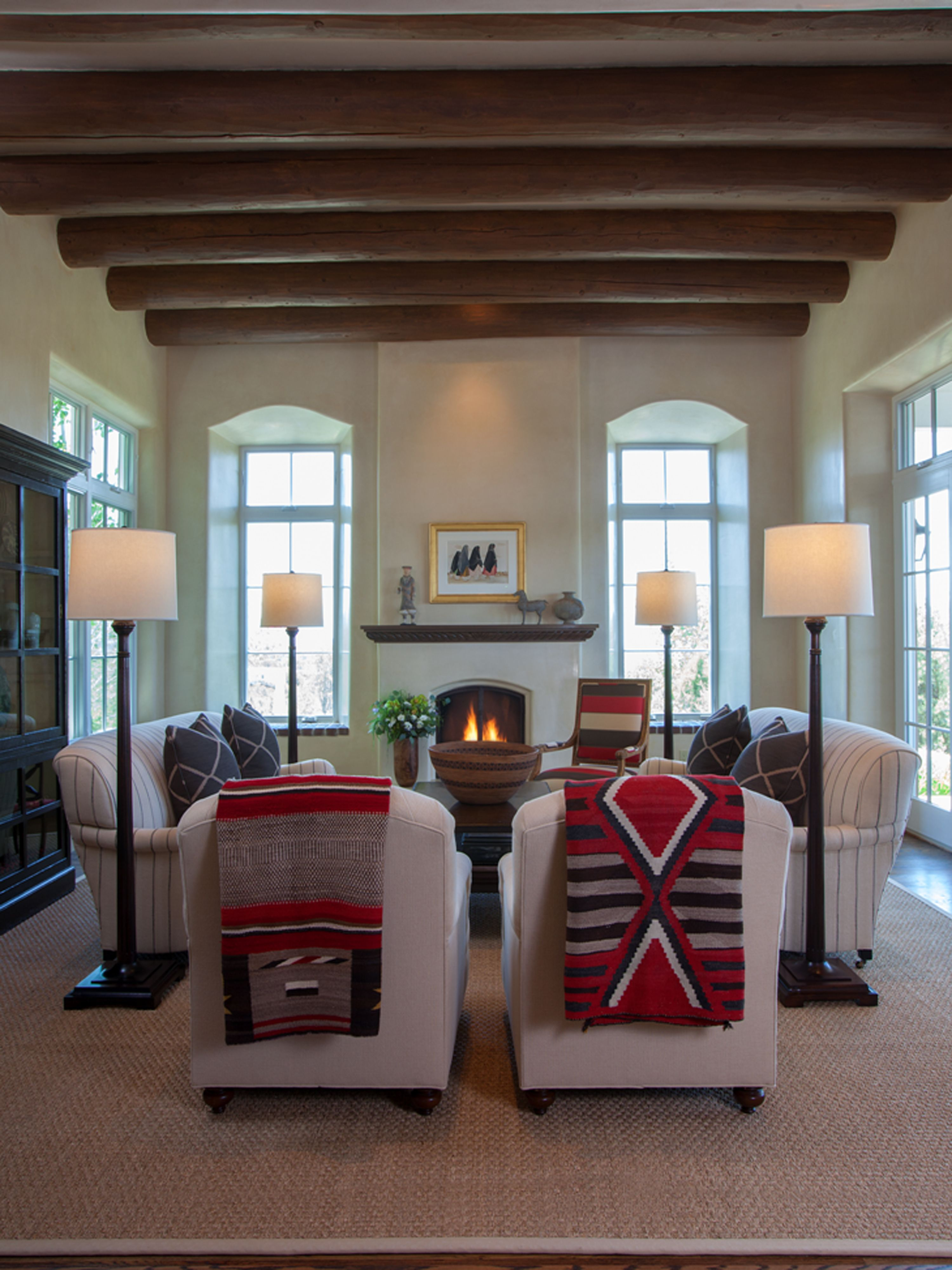 Step Inside A Stunning Adobe Home In Santa Fe Adobe House New