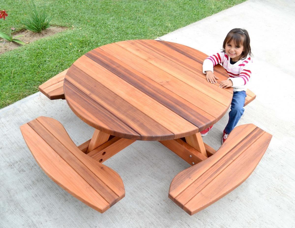 Kid S Round Picnic Table Redwood No Umbrella Hole Standard Tabletop Ada Transpa Premium Sealant