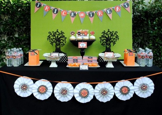 planning a kid friendly halloween party - Kids Halloween Party Decorations