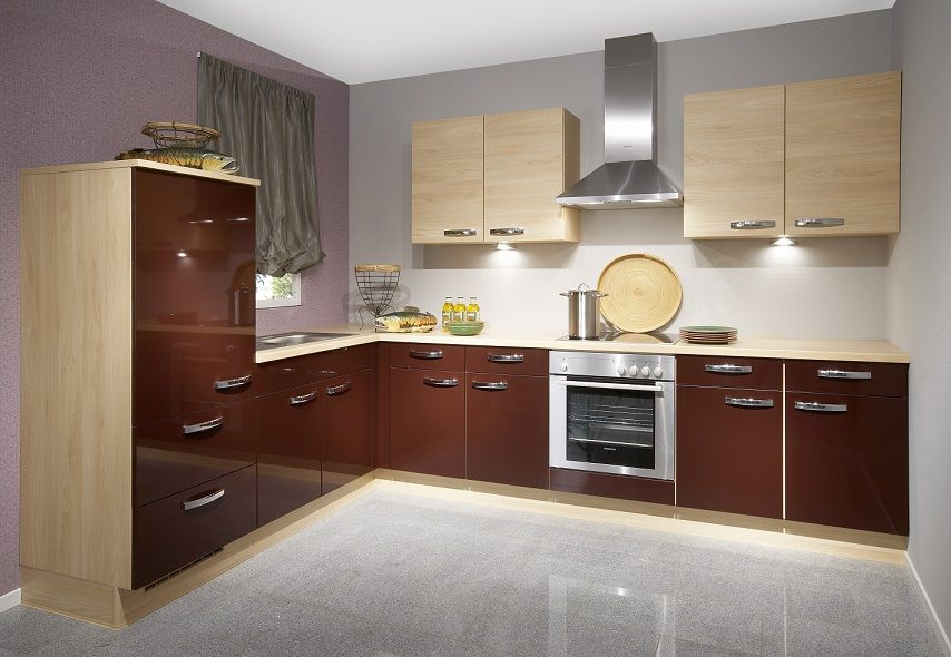 Glossy kitchen cabinet design home interiors ipc430 high for Black gloss kitchen ideas