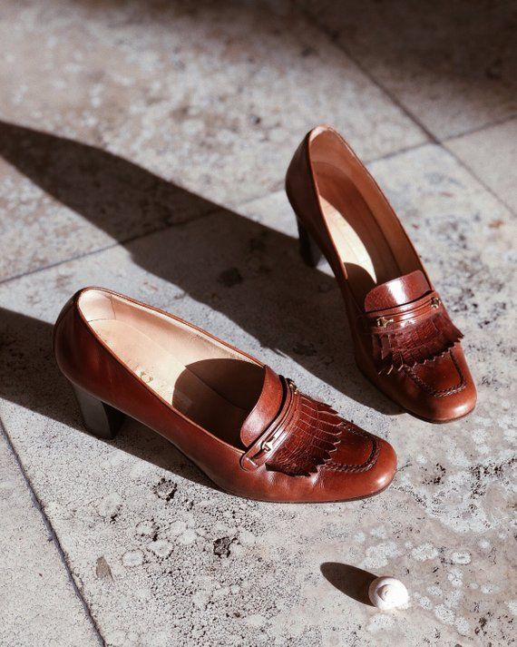 f7a6a399419 Vintage 70 s Gucci classic horse-bit loafers