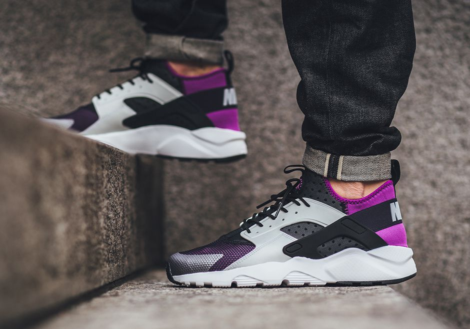 "factory authentic 0ee81 fd28a Nike Huarache Ultra ""Medium Berry"", Black Wolf Grey-Hyper Volt-Purple  Dynasty"