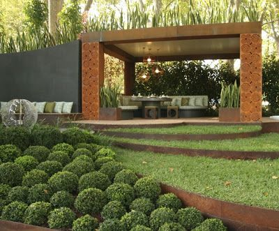 El muro vegetal jardiner a con acero corten landscape for Jardineria exterior con guijarros