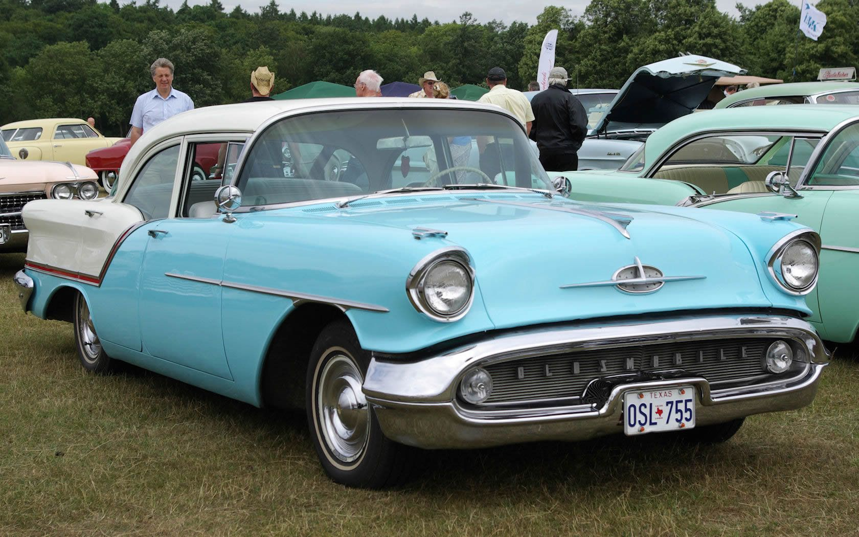 1949 oldsmobile rocket 88 first muscle car