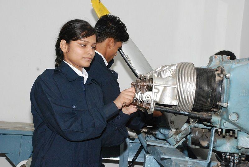 Aircraft Maintenance Engineering Jobs Aircraft
