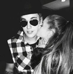 Pin by BiebuhGrande on Pinterest Ariana grande