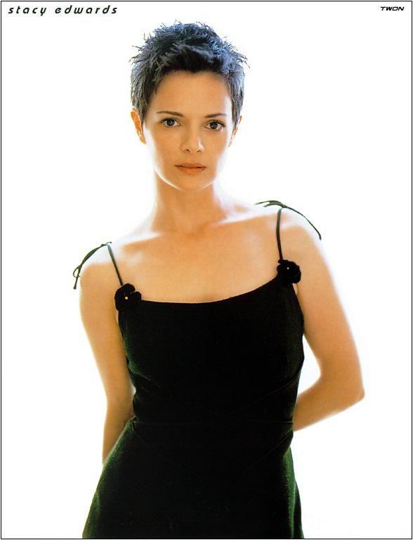 Stacy Edwards actress