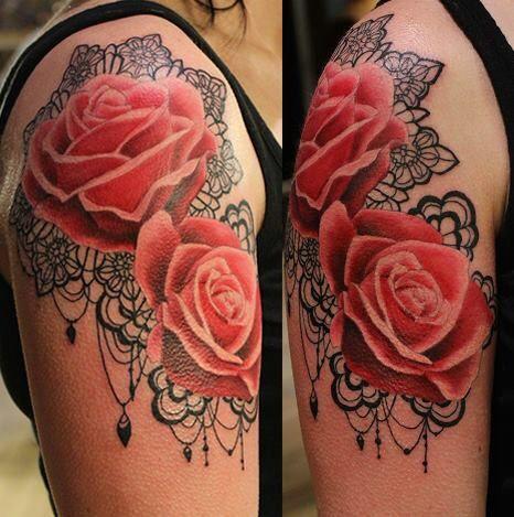 Lace and rose tattoo tattoos pinterest tatouages rose noire et tatouage mandala dos - Tatouage mandala dos ...
