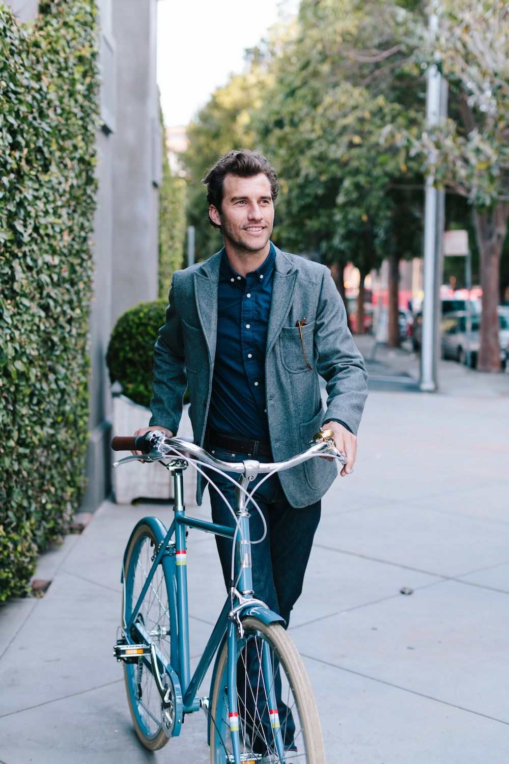 ready to take on the bicycle commute to work with the versatile steel city commuter bike