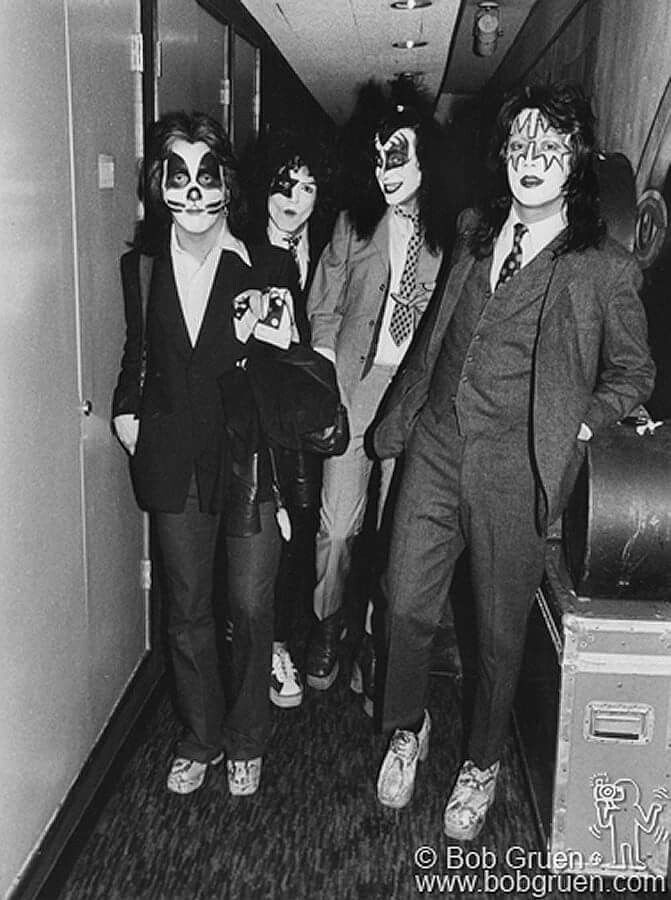 42 Years Ago Kiss Put The Suits On Again 5 Months After The