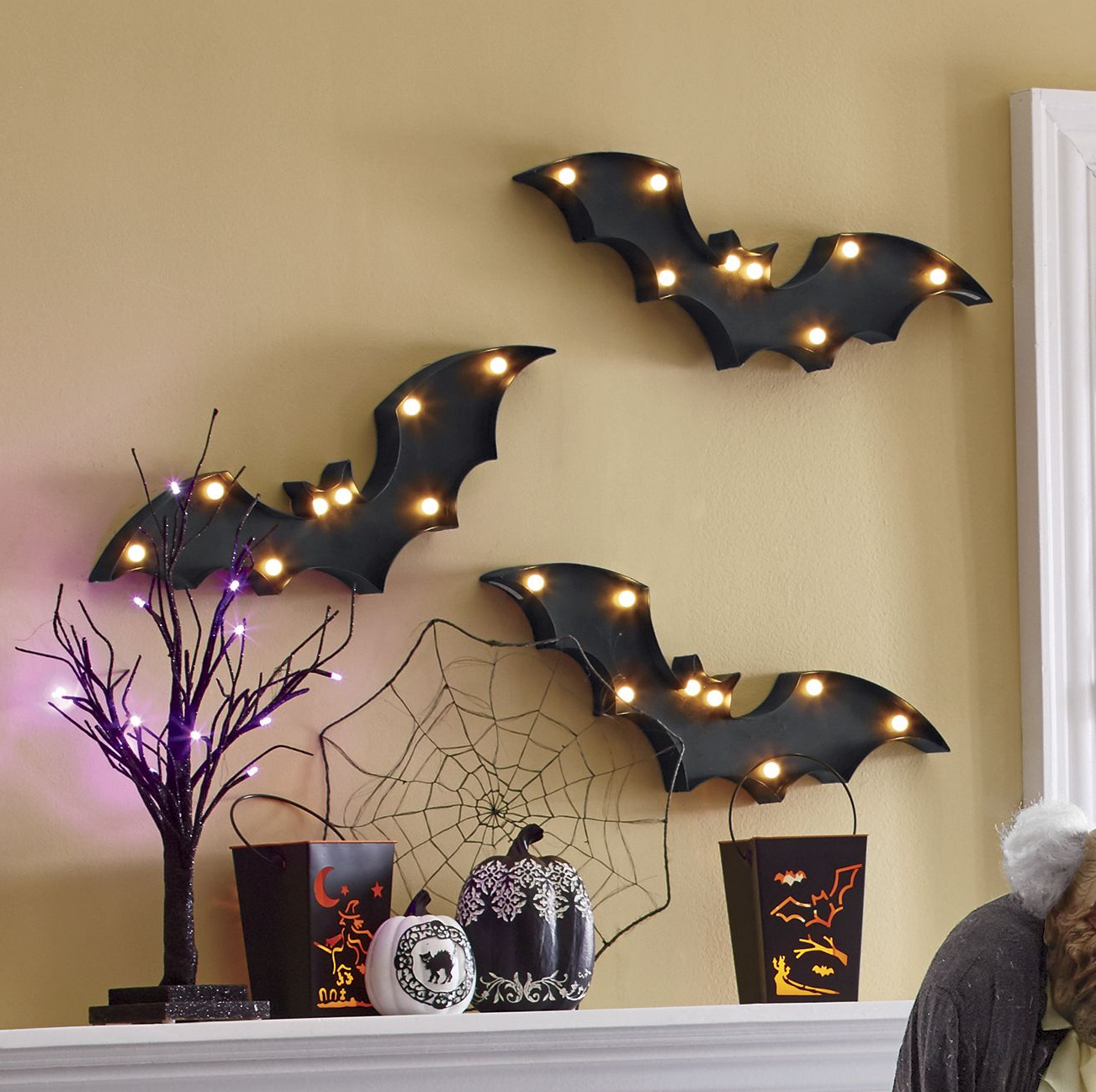 Wickedly Scary Indoor Halloween Décor (With images
